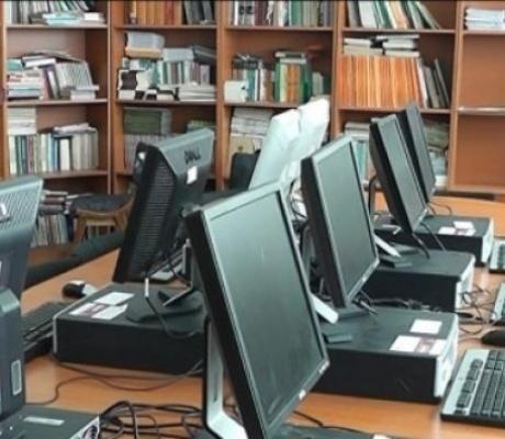 """Orban: """"Aproximativ 20% din școli nu sunt conectate la internet"""""""
