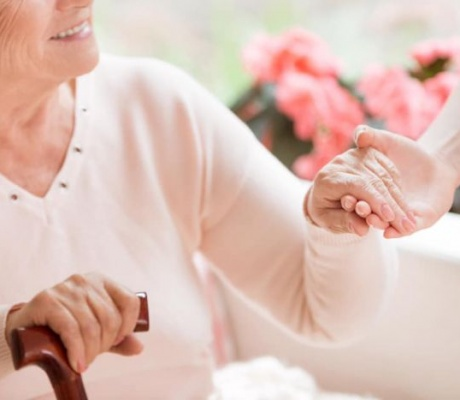 Fapte bune! Psihologii DGASPC Galați oferă consiliere gratuită pentru bolnavii de cancer
